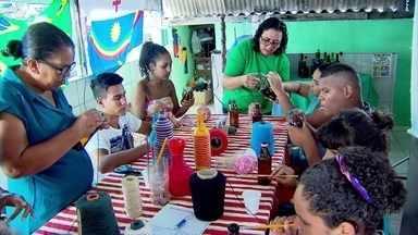 Projeto social muda vida de moradores de comunidade no Recife com reciclagem e artesanato - Angu das Artes beneficia moradores da Zona Norte da capital pernambucana.