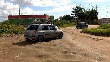 Problemas de infraestrutura causa transtornos para motoristas - Problemas de infraestrutura causa transtornos para motoristas.