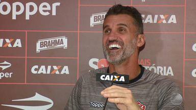 Técnico do Vitória fala sobre o bom aproveitamento do time - O rubro-negro baiano enfrenta o Coritiba na próxima segunda (28).