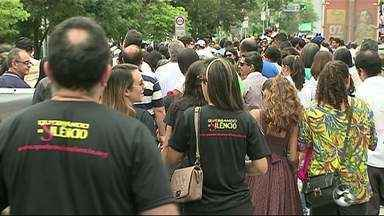 """Evento """"Quebrando o silêncio"""" tem participação de mais de 70 igrejas em Caruaru - Caminhada pede o fim do abuso sexual e violência doméstica"""