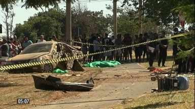 Menor de idade atropela e mata duas mulheres e um bebê de seis meses no DF - De acordo com a polícia, o rapaz de 17 anos dirigia em alta velocidade e apresentava sinais de embriaguez no momento do acidente na cidade do Gama.
