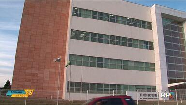 Três são absolvidos por peculato na Operação Fantasma II, em Guarapuava - Ex-presidente da Câmara Edony Klüber, o vereador afastado Celso Costa (PPS) e a servidora Ingrid Dautermann foram considerados inocentes em uma das ações penais da operação.