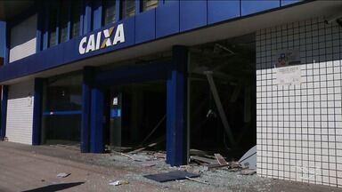 Bandidos explodem agência bancária em Timon no Maranhão - Agência foi explodida na madrugada desta segunda-feira (28), e um morador de rua que dormia dentro da agência morreu.