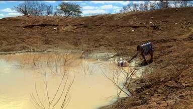 Abastecimento de água feito pela 'Operação Seca' é suspenso em comunidades de Petrolina - E foi anunciada mais uma vazão do Rio São Francisco a partir desta quinta (31).