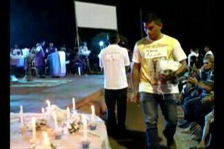 Missa homenageia os 23 mortos no naufrágio de barco em Porto de Moz - Barco Capitão Ribeiro naufragou no dia 22 de agosto no rio Xingu. Trinta pessoas sobreviveram e 23 morreram.
