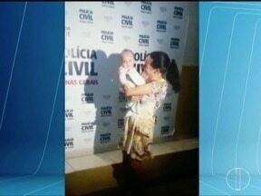 Bebê sequestrado pelo pai é encontrado em Governador Valadares - Menina, de 4 meses, foi encontrada em uma casa no Bairro Jardim do Trevo, onde era mantida em cativeiro pelo pai e uma prima dele, há cerca de duas semanas.
