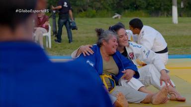 Joga com a Gente: dia de judô para residentes do Hospital Psiquiátrico São Pedro - Série de reportagens mostra que o esporte pode transformar a vida de pessoas que, muitas vezes, não são vistas pela sociedade. Confira o 2º episódio da série.