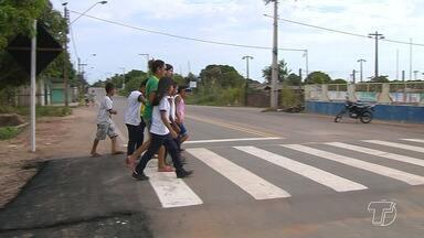 Faixas de pedestres elevadas são instaladas em alguns pontos da cidade de Santarém - A proposta é diminuir o número de acidentes no local.