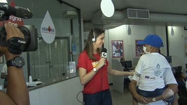 Globo Esporte lança campanha de cadastro para doação de medula óssea - Programa desta terça-feira (29) mostrou a história de um pequeno torcedor do Bahia que está lutando contra a leucemia.