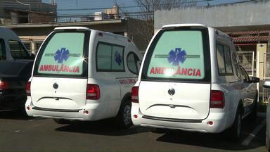 Prefeitura de Arapongas vende carro de luxo e investe dinheiro na Saúde - Ambulâncias foram compradas pelo município.