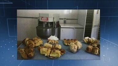 RJ pagou R$ 76 milhões por café da manhã de presos em seis anos - Segundo TCE, preço pago a organização social foi superfaturado. Pagamentos foram feitos sem nota fiscal ou comprovante de serviço.