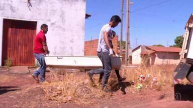 Jovem é morto a facadas dentro da própria casa na região sul de Palmas - Jovem é morto a facadas dentro da própria casa na região sul de Palmas