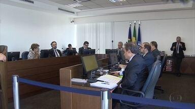 Cálculo do pagamento de procuradores de Jaboatão é adiado pelo TCE-PE - Relator do processo, o conselheiro Carlos Pimentel pediu adiamento.