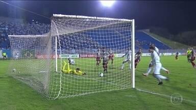 Fluminense perde para o Londrina e é eliminado da Primeira Liga - A equipe do Paraná venceu por 2 x 0.