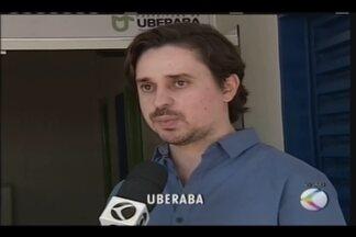 Farmácia Solidária é inaugurada em Uberaba - Projeto prevê repassar gratuitamente para pacientes medicamentos doados por moradores da cidade, médicos e distribuidoras de remédios. No local, também funcionará a Central de Ambulâncias.