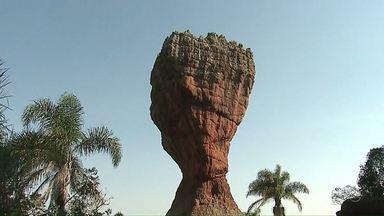 Turistas que visitam o parque de Vila Velha vão ter de pagar pelo serviço de guia - A cobrança será feita como tentativa de evitar o vandalismo.