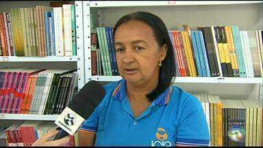 Icia realiza feira de livros com mais de 4 mil obras em Caruaru - Objetivo da iniciativa é arrecadar dinheiro para ajudar no tratamento dos pacientes da instituição.