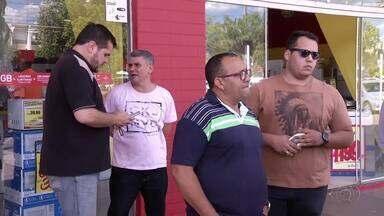Motoristas do Uber começam a ser multados pela Prefeitura de Palmas - Motoristas do Uber começam a ser multados pela Prefeitura de Palmas
