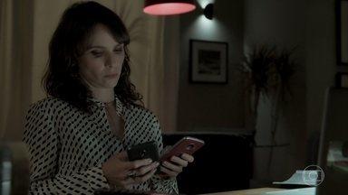 Irene provoca Joyce - Ela envia mensagem de Eugênio para a socialite