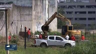 Polícia desarma esquema montado para furtar derivado de petróleo - Tudo era feito dentro de um antigo lava-jato em Santo André.