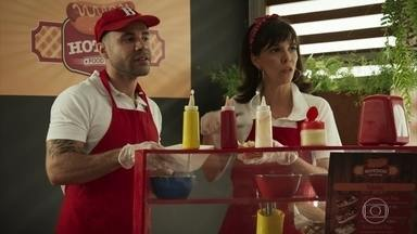 """Fast food - """"Vou querer um cachorro-quente desse!"""""""