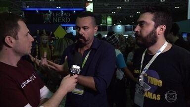 Tiago Leifert foi até a Bienal do Livro do Rio de Janeiro - Apresentador conferiu o que rolou de literatura nerd