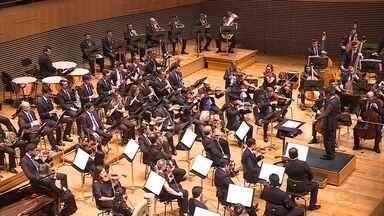 Folclore brasileiro é tema da apresentação da Orquestra Filarmônica de Minas Gerais - Orquestra se apresentou neste domingo dentro do projeto Concertos para a Juventude.