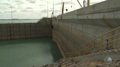 Nível da água na barragem de Sobradinho chega a 7% e lago pode atingir volume morto - Falta de chuva está prejudicando também pescadores e agricultores do norte do estado.