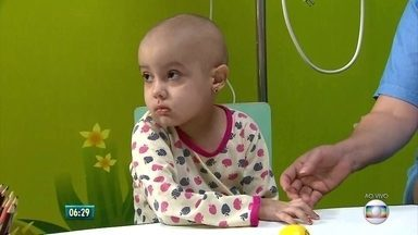 Advogado tira dúvidas sobre auxílio a famílias de crianças com câncer - Segundo Rodrigo Machado, da Comissão de Direito e Saúde da OAB, rede multidisciplinar é necessária para apoiar famílias e crianças