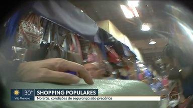 Grande operação fecha Shopping 25 de Março e Galeria Florêncio - É tanto produto contrabandeado, falsificado e pirateado que incomodou até o governo americano.