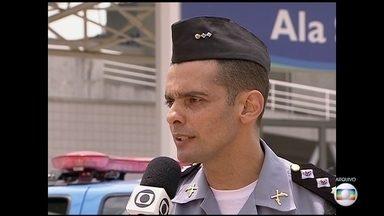 Corregedoria da PM indicia comandante do batalhão de Nova Iguaçu - O tenente- coronel Marcelo Moreira Malheiros foi indiciado por descumprimento de ordem superior. A Corregedoria encontrou 18 pontos de jogos de bichos perto do quartel.