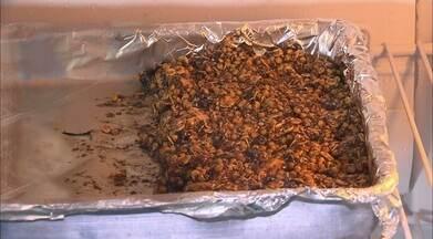 Casca e caroço do cajá viram ingredientes para receita de barra de cereal - Receita foi criada em laboratório da UFPB.
