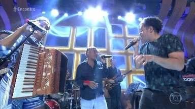 Lucy Alves, Mart'nália e Zé Ricardo abrem o 'Encontro' - Eles cantam o tema do Rock in Rio