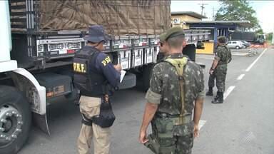Empresas têm registro de funcionamento cancelado por fabricação irregular de explosivos - Operação do Exército visa combater o uso e transporte irregular do item.