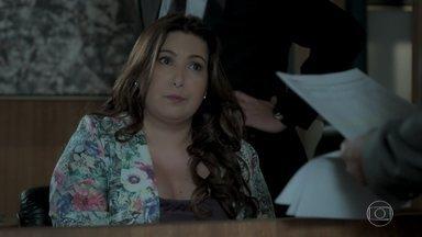 Biga alerta Dantas sobre a movimentação de cheques da empresa - Eugênio pede para Eurico providenciar seguranças para Ruy e Ritinha. Dita aconselha Silvana a se livrar do agiota