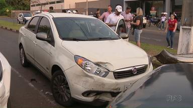 Três carros se envolvem em acidente em Foz - Batida foi na Avenida JK com Venezuela.
