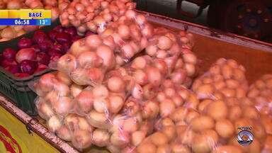 Alimentos registram queda de preço no RS - Confira as dicas de produtos mais baratos.