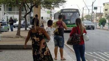 Programa de passagem social em Campos, RJ, será suspenso a partir de segunda-feira - Prefeitura quer reavaliar o sistema do transporte público na cidade. Todos os usuários vão pagar R$ 2,75.
