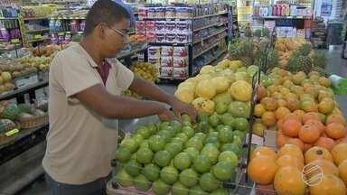 Projeto social tenta combater desperdício de alimentos em Campo Grande - Ação é para conscientizar sobre desperdício de frutas e verduras em mercados, por exemplo.