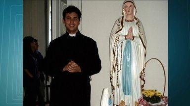 Missa marca etapa do processo de beatificação e canonização do médico Guido Schaffer - Uma missa marcou o fim da primeira etapa do processo de beatificação e canonização do médico Guido Schaffer. Ele também era seminarista e morreu em 2009.