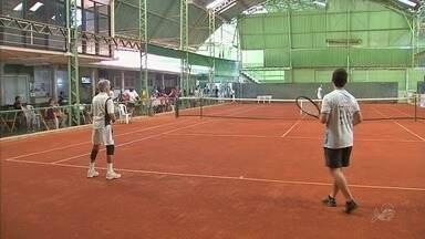 Torneio de tênis no Ceará consegue unir gerações - Torneio de tênis no Ceará consegue unir gerações