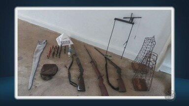 Homem é preso com armas e ferramentas para caça de animais em Cristina, MG - Homem é preso com armas e ferramentas para caça de animais em Cristina, MG