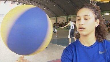 Jogadora de basquete de Rondônia é convocada para jogar na seleção brasileira sub catorze - O primeiro desafio com a camisa verde e amarela é sul-americano na Colômbia em novembro.