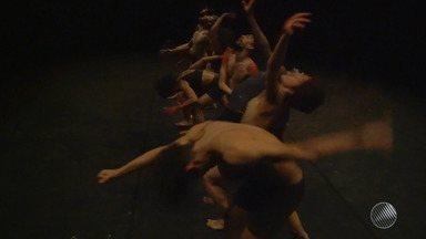 Confira a Agenda Cultural desta terça-feira (24) - Há opções de teatro e show musical.