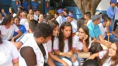 Arprom comemora 50 anos em Rio Preto - A Associação Riopretense de Promoção do Menor – Arprom comemora 50 anos. A associação educa adolescente e encaminha ao mercado de trabalho.
