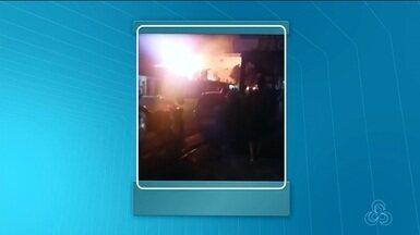 Incêndio destrói casa no Perpétuo Socorro, em Macapá; ninguém ficou ferido - Acidente acontece na madrugada desta terça-feira (24) e a causa do incêndio ainda não foi identificada.
