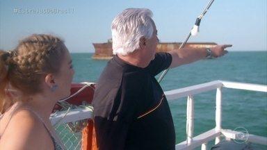 Francisco José mostra pontos históricos de Fortaleza para Angélica - Os dois fazem passeio de barco pela orla do Ceará e veem os naufrágios que existem na região
