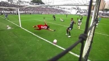 O gol de Ponte Preta 1 x 0 Corinthians pela 31ª rodada do Brasileirão 2017 - O gol de Ponte Preta 1 x 0 Corinthians pela 31ª rodada do Brasileirão 2017.