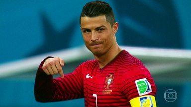 Cristiano Ronaldo: O Melhor do Mundo - Detalhes sobre a trajetória de Cristiano Ronaldo, eleito, no dia 23/10/17, como o melhor jogador do mundo pela 5ª vez, igualando-se ao grande rival dentro de campo, Lionel Messi.