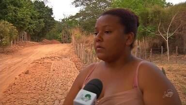 Moradores sofrem com situação da obra inacabada no Crato - Saiba mais em g1.com.br/ce